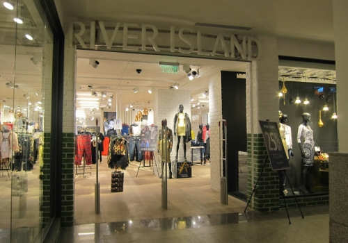 Glazed bricks for River Island shop at Manila Glorietta 5 (Philippines)